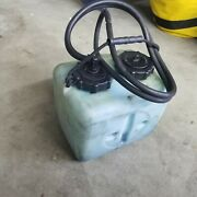 1996 175 Mercury Oil Tank Assembly With Hose And Sending Unit 1 1/2 Gallon.
