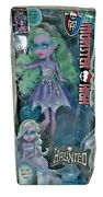 Monster High Haunted Getting Ghostly Twyla