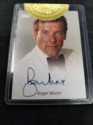 James Bond Roger Moore Authentic Autograph Trading Card Rittenhouse 2004