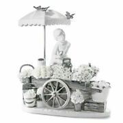 Lladro Retired 01007030 White Silver Flowers Of The Season Re-deco 7030