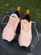 Nike Air Max 270 Women Only Worn 10 Mintues Size 5.5