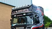 To Fit 2012+ Mercedes Actros Mp4 Gigaspace Roof Bar + Led Spots + Clear Beacon