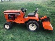 Allis Chalmers 920 Lawn Tractor With Endless Hydraulic Lift For Accessories.
