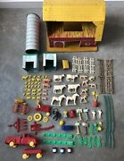 1950andrsquos Vintage T Cohn Tin Toy Litho Barn And Farm Accessories