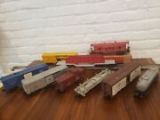 Lot Of 9 Lionel Post War Freight Cars Rolling Stock