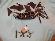 Incomplete/parts Lego Pirates Of The Caribbean The Black Pearl Set 4184