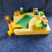 Vtg Fisher Price Little People 2526 Pool Slide Grill People Picnic Lot 14 P Toy