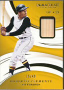 2020 Immaculate Collection Gold 69 Roberto Clemente Bat /49