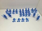 40 Marx Re-issue 1/32nd Scale Blue Armored Knights And Horses