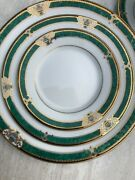 Muirfield 9515 Enchantment 80 Piece Set Service For 16 Never Used
