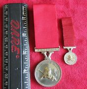 Rhodesian Conspicous Gallantry Decoration - Wearerand039s Example And Miniature Medal