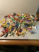 Lot Of 116 Vintage Miniature Plastic Animals And Reptiles 1 - 3