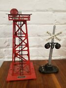 Lionel Lot No. 154 Crossing Signal And 394 Rotary Beacon