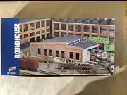 Walthers Cornerstone Series 933-3041 Ho Scale Roundhouse Structure Kit