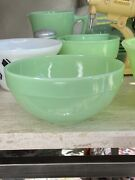 """Fire King Jadeite 7.25"""" Colonial Band Rim Mixing Bowl"""