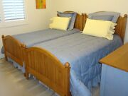 Ethan Allen Set Of Two Twin Bed Country Colors