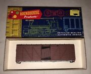 Ho Scale Roundhouse 40andrsquo Box Car 1030 Unlettered Truss Side
