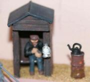 Night Watchman Hut Brazier F185p Painted Oo Scale Langley Models People Figures