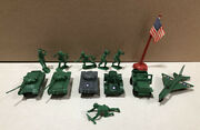 Vintage Plastic Army Toy Soldiers Tanks Plane Jeep And Flag 14 Pc Lot