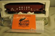 Mth Trains Rail King 30-7538 Union Pacific Hopper Car With Operating Coal Load