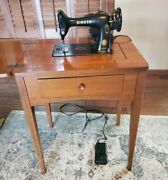 Vintage Singer 99k 1950 Sewing Machine With Table, Made In Great Britain - Works