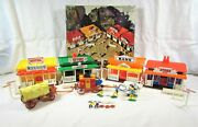 1970andrsquos Kingston City Western Town Playset By Grace Toys Andndash Cowboys And Indian