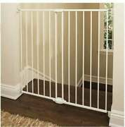 Munchkin Extending Xl Tall And Wide Baby Gate, Hardware Mounted Safety Gate