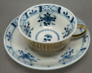 Early Meissen Strawflower Pattern Blue And Brown Cafe Au Lait Tea Cup C. 1750