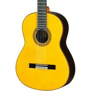 Yamaha Gc22 Handcrafted Classical Guitar Spruce