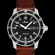 Sinn 104 St Sa A Pilot Watch Black Dial Brown Vintage-style Leather Box And Paper