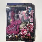 Monster High 13 Wishes Catty Noir Doll Pink Outfit Cat Kitty Retired Box Wear