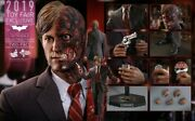 Hot Toys Batman The Dark Knight Two Face Harvey Dent 16 Figure Exclusive