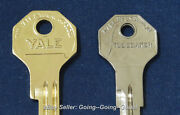 Set Original Oem Studebaker Ignition And Trunk Key Blanks 1949-1963 Yale And Towne