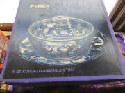 Vintage Pyrex Glass Sculptured Ovenware 883 1and1/2 Qt Covered Casserole Tray Nos