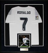Cristiano Ronaldo Real Madrid Fc Signed Soccer Football Jersey Collector Frame