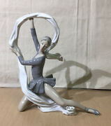 Nao By Lladro Dancer With Veil Ballet Figurine