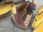 Cat 977 Track Loader Bucket With Teeth