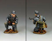 King And Country Ww2 German Army Wh079 Kneeling Panzer Grenadier Schmeisser Mib