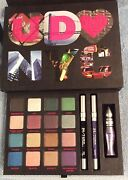 Final Sale Urban Decay Book Of Shadows Nyc,nib,the Big Apple's Finest,le,retired