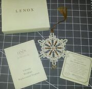 New Lenox Collections 2004 China Snowflake Ornament Ivory Crystal Jewels W/coa