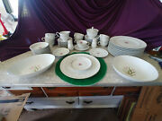 Royal Swirl Fine China Place Setting For 10 5 Pieses Plus Extra Sandpandbowls