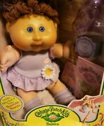Official Collectors Edition Nina Marie Cpk Cabbage Patch Doll. Brand New