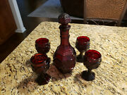 Set Of 5 Vintage Avon 1876 Cape Cod Red Ruby Wine Decanter And 4 Wine Glasses