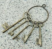 5 Large Brass Decorative Keys On Ring - Gothic Church Castle Prison Dungeon Prop