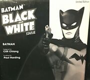 Batman Black And White Batman Dc Statue By Cliff Chiang 0021 Of 3500
