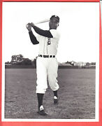 1959 Tigers Team Issue 8 X 10 Glossy Type 1 Larry Doby