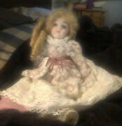 Vintage 13.5 Andrdquo Porcelain Musical Dollandnbsp With Beautifulandnbsp Lace Dress And Marks H023