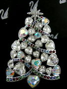 Signed Crystal Christmas Tree Pinbrooch Retired New In Box
