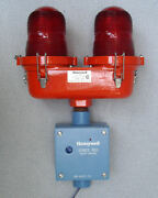 Honeywell Ob22 Double Obstruction Light W/ Series 800 Photo Controller