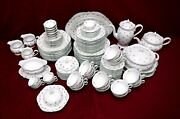 Rosenthal China R525 Scattered Flower Sprigs Pttn 127-piece Set Service For 12